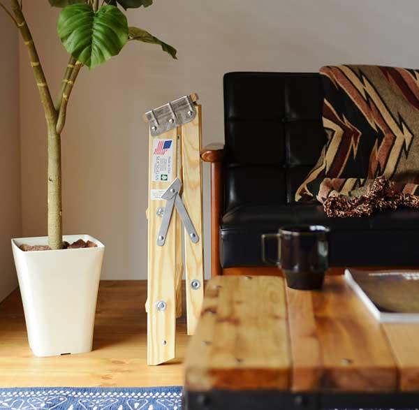 インテリアにも使える、おしゃれな木製の脚立