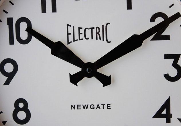 ビンテージをテーマにした、おしゃれな壁掛け時計