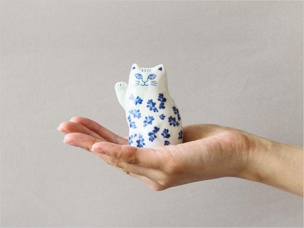 手のひらサイズのおしゃれな招き猫