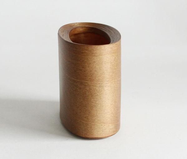 ペン立てとしてもおすすめの、おしゃれで美しい木製レターホルダー