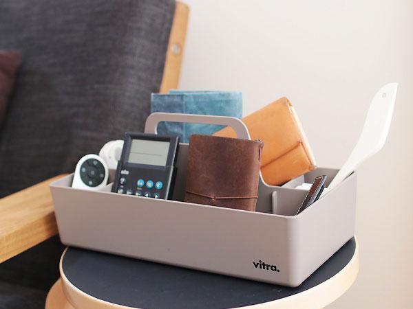 文房具や薬、メイク道具などを収納するのにピッタリの、おしゃれなツールボックス