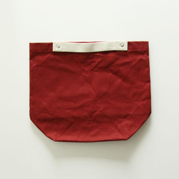 紙袋っぽいおしゃれなバッグ