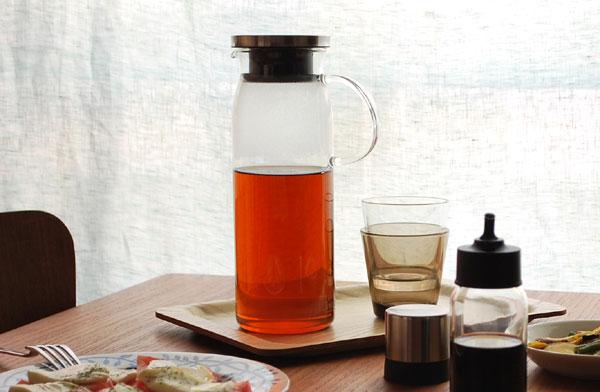 スタイリッシュなデザインの、おしゃれな耐熱ガラス製ジャグ