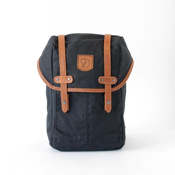 メンズやレディース問わず使える、デイリーバッグにも最適なバックパック