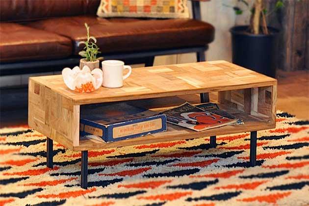 アメリカン・ヴィンテージの雰囲気が漂う、おしゃれなコーヒーテーブル