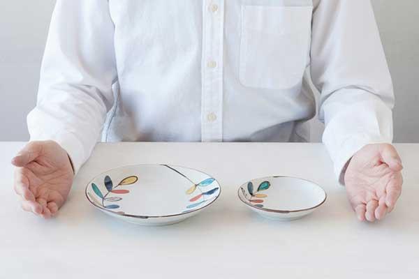 北欧食器と組み合わせても相性が良い、おしゃれな九谷青窯のうつわ