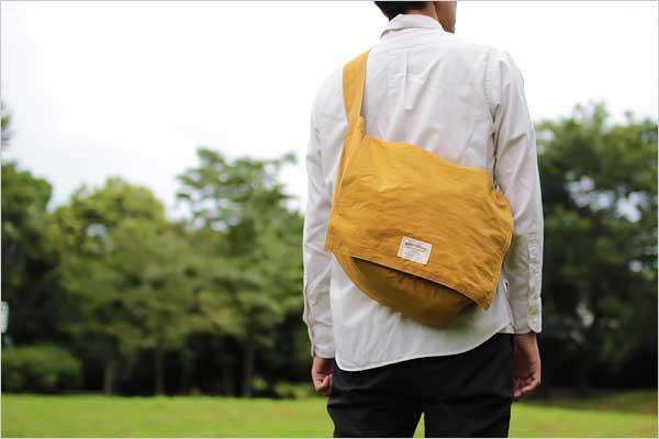 旅行やお出かけの際にサブバッグとしても重宝する、おしゃれなデイリーバッグ