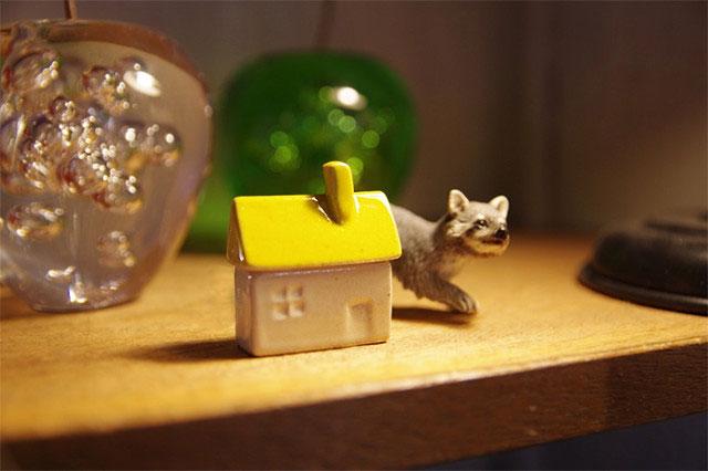 オブジェにもなる、家の形をしたおしゃれな箸置き