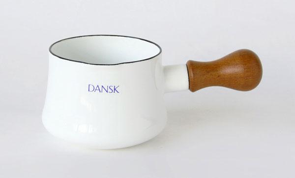 デザインだけでなく、機能面も重視したおしゃれな小さなお鍋