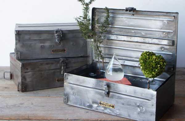 工具箱におすすめの、ヴィンテージ感溢れるおしゃれなスチールボックス