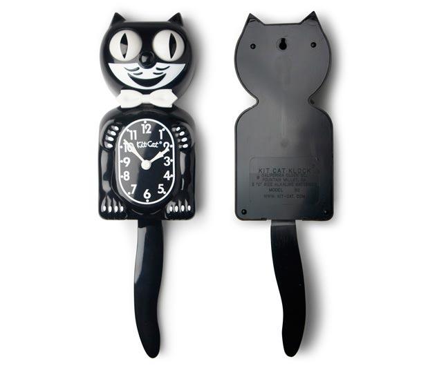 ネコのデザインがおしゃれな、アメリカ製の壁掛け時計