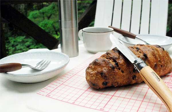 パブロ・ピカソも愛した、世界で最もシンプルなおしゃれな折り畳み式ナイフ