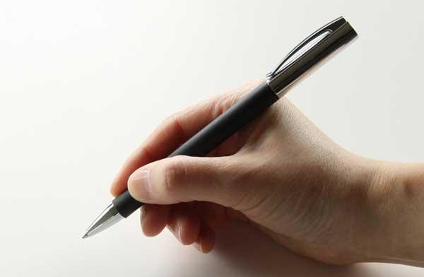 贈り物にオススメの、高級感溢れるおしゃれなボールペン