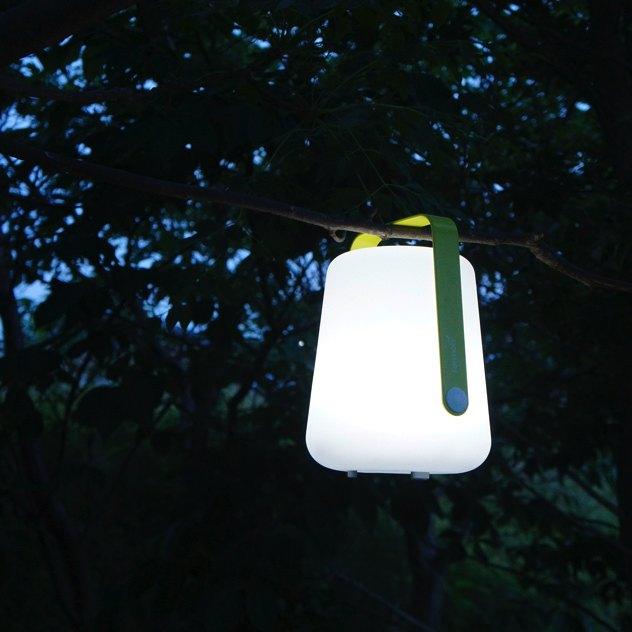 アウトドアやバーベキューにおすすめの、おしゃれな充電式LEDライト