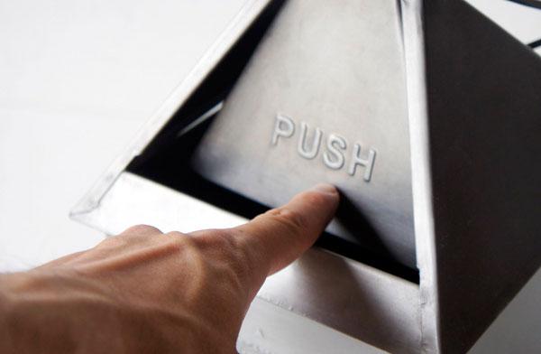 デスクに置ける、おしゃれな小さいゴミ箱