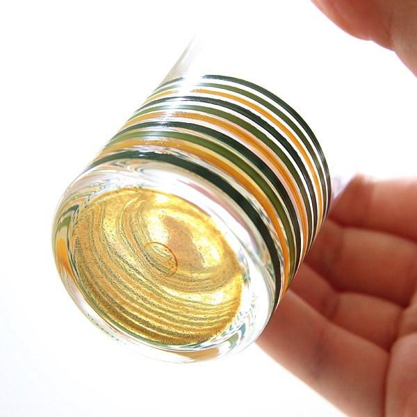 模様が美しい、漆とガラスがコラボレーションしたおしゃれな盃