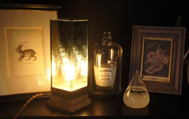 幻想的な雰囲気を生み出す、おしゃれなランプ