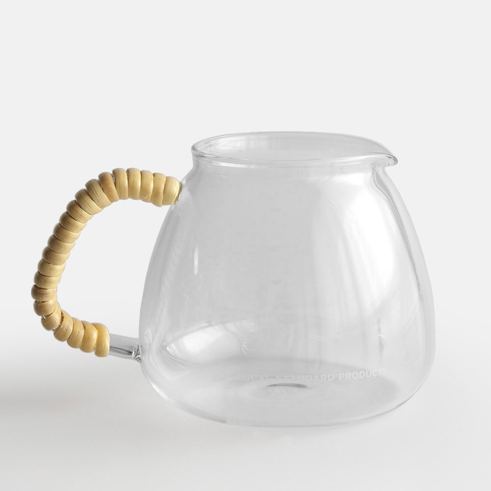 ポテっとしたデザインが愛らしい、おしゃれな耐熱ガラス製のコーヒーサーバー