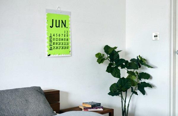 POPの文字から着想を得て生まれた、おしゃれでユニークなカレンダー2018年版