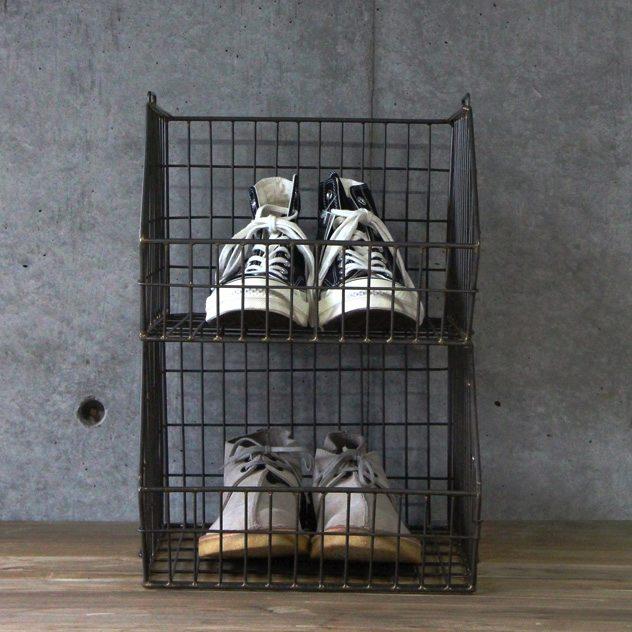 靴収納におすすめの、おしゃれなワイヤーバスケット