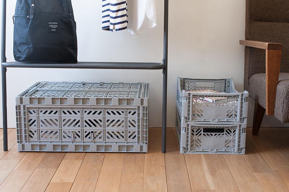無骨なデザインが魅力の、おしゃれな業務用の収納ボックス