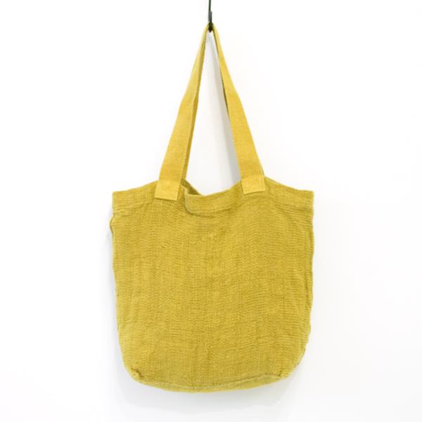 サブバッグとして便利な、おしゃれなリネンのメッシュバッグ