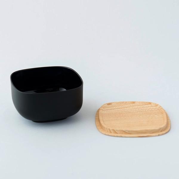シンプルなデザインのおしゃれな保存容器