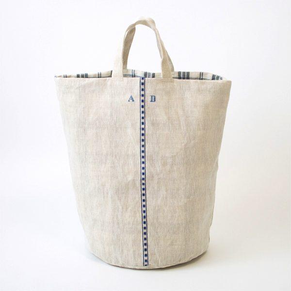 丸底の大きなリネン製のおしゃれなバケツバッグ
