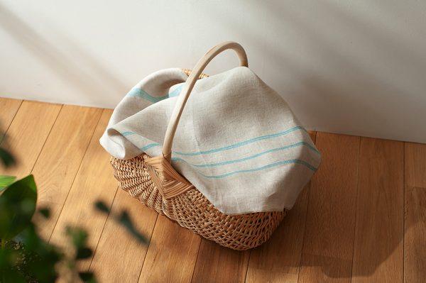 北欧の伝統的な手仕事の技で編み上げた、素朴な風合いのおしゃれなバスケット