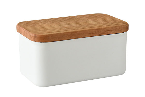 おしゃれな琺瑯製のバターケース