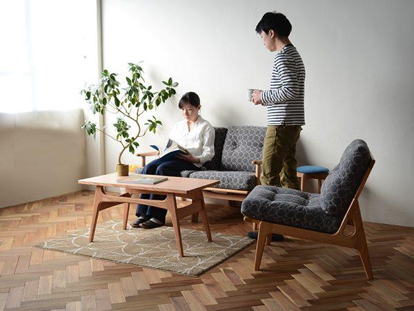 あとから買い足しができて便利な、おしゃれな2人掛けソファ