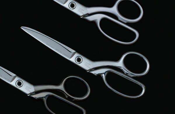 日本刀と同じ鍛造製法で作られた、おしゃれなハサミ
