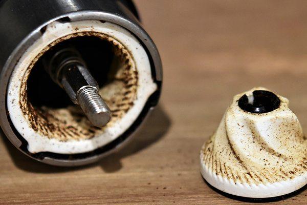 持ち運びしやすい、おすすめのおしゃれな小型コーヒーミル