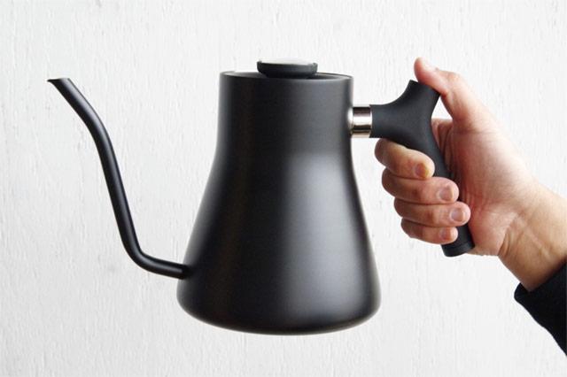 1滴1滴コントロールして注げるハンドドリップにおすすめな、おしゃれなコーヒードリップ用ケトル