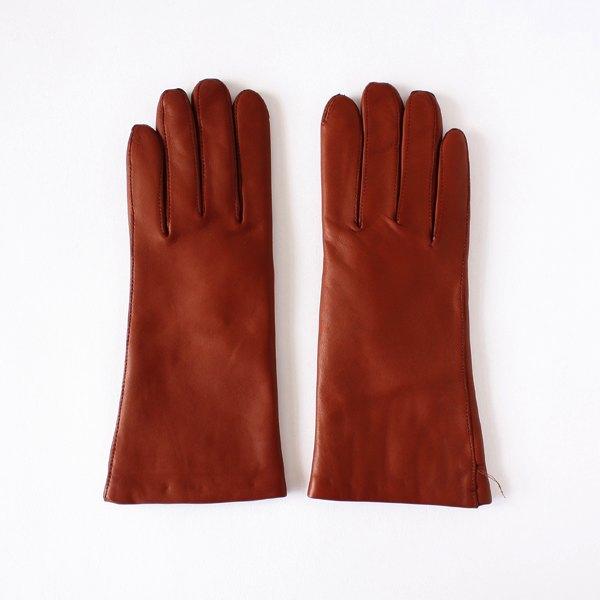 高級素材ラムスキンを使用した、防寒保温に優れたおしゃれな女性用手袋