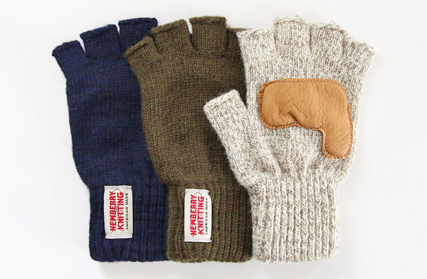 シンプルな見た目とこだわりの素材を使用した、アメリカ製のおしゃれな指なし手袋