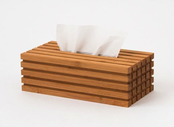 インテリアに合わせやすいデザインの、竹から作られたおしゃれなティッシュボックス