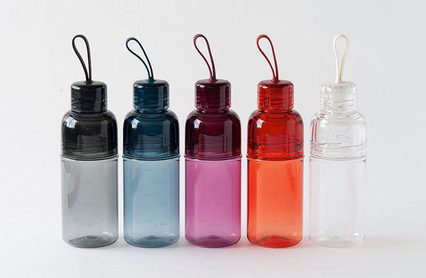 スポーツ時の水分補給におすすめの、シンプルなデザインのおしゃれな水筒