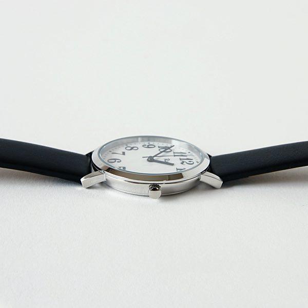 日本を代表するプロダクトデザイナーの巨匠がデザインした、おしゃれでベーシックな腕時計