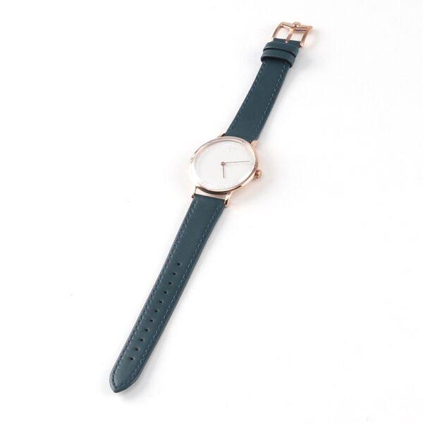 世界の芸術・建築に影響を与え続ける、バウハウスのおしゃれな記念モデルの腕時計