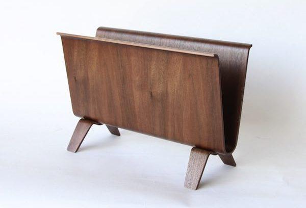 インテリアコーディネートがアップする、美しくおしゃれな木製マガジンラック