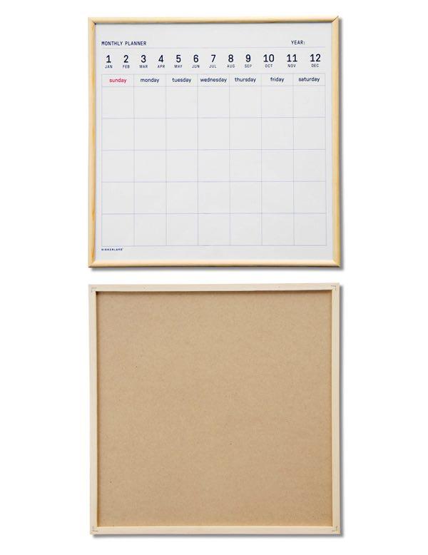 使いやすいサイズの、おしゃれなホワイトボードのカレンダー