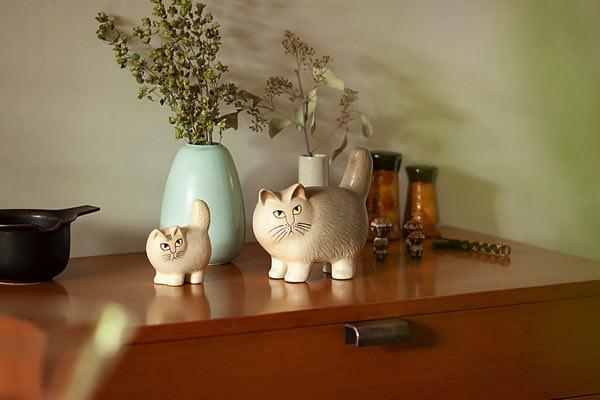 リサ・ラーソンの、丸いフォルムのおしゃれな陶器の猫