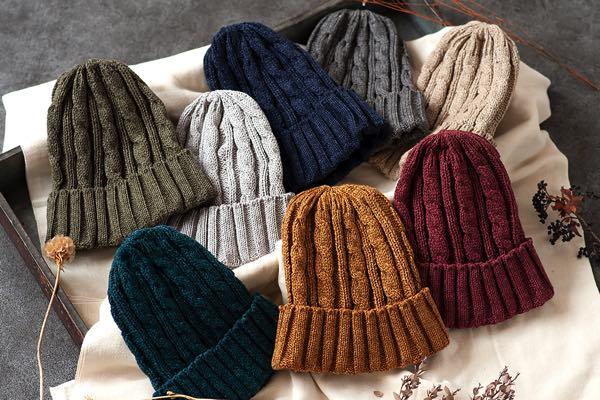 寒い日も暖かい日もかぶれる、おしゃれなコットン100%のニット帽