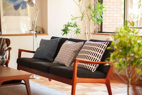 北欧デザインが魅力的な、インテリア空間を彩るおしゃれなクッションカバー