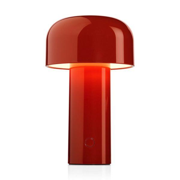 シンプルで丸みのあるデザインがおしゃれな、充電式ワイヤレステーブルライト
