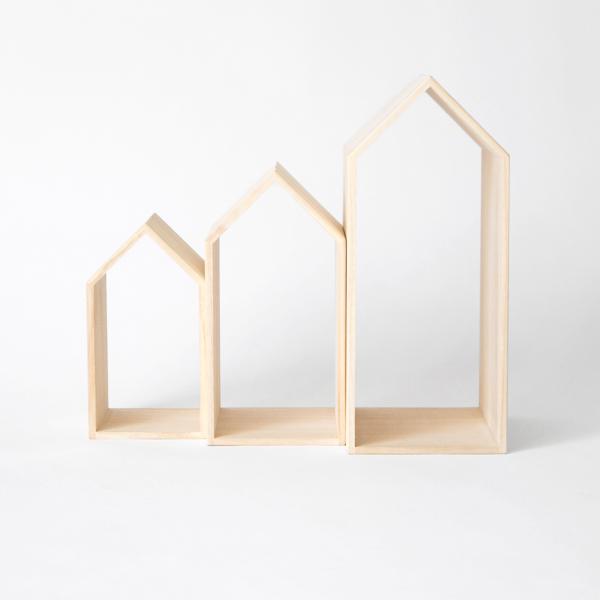 家のようなフォルムが可愛らしい、おしゃれな木製ブックエンド