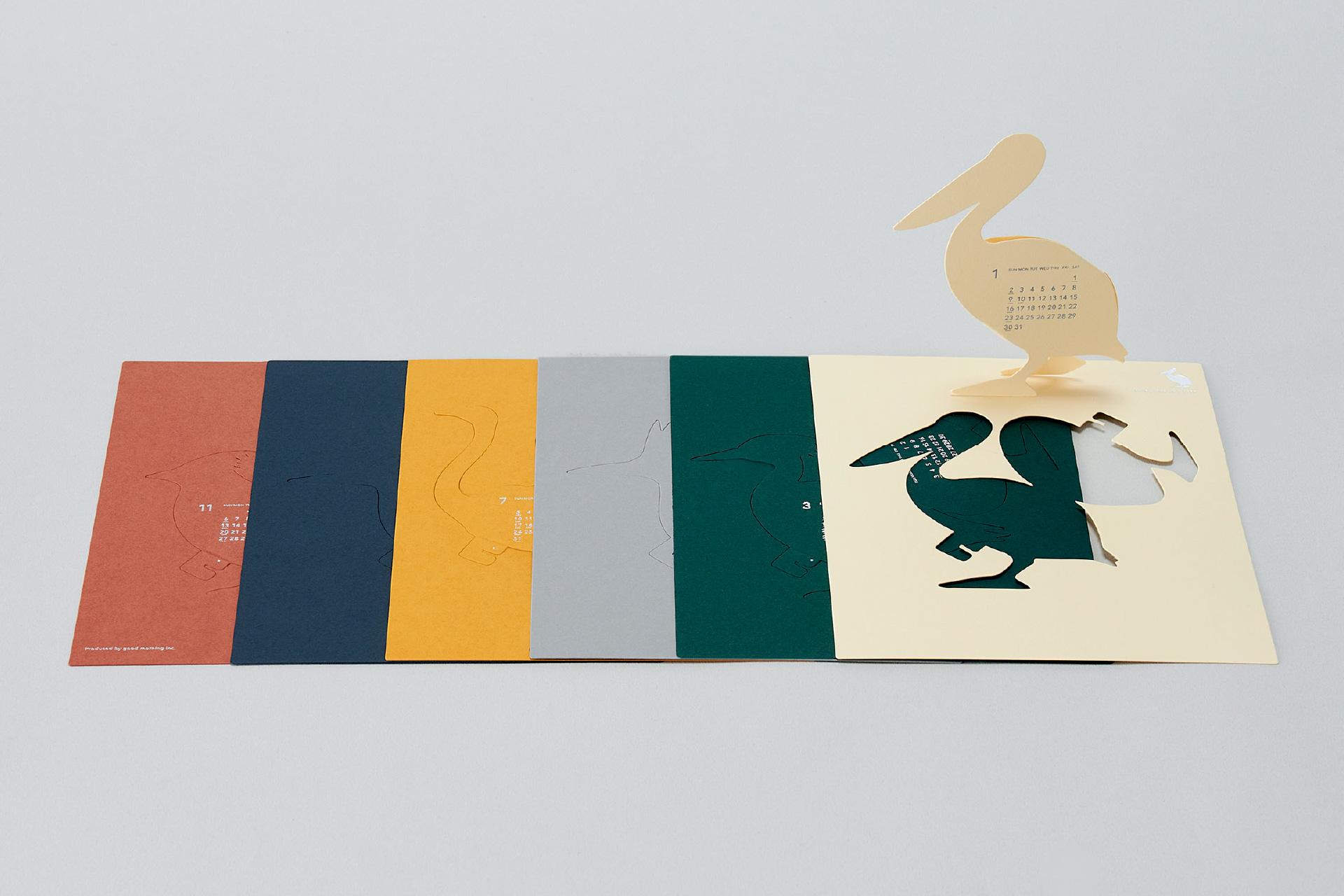 鳥をモチーフにした、おしゃれな卓上カレンダー2022年版
